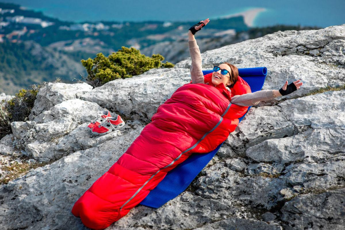 Compact Sac de couchage pour adultes 3 saisons par temps chaud et frais les voyages lint/érieur et lext/érieur compact pour la randonn/ée Sacs de couchage pour le camping L/éger Imperm/éable